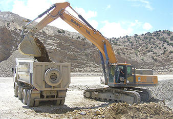 SANY large-sized excavators in OCP's phosphate mining project