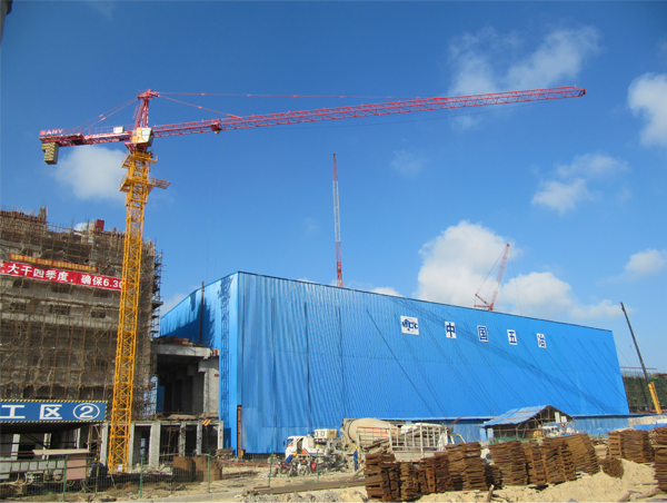 SANY TOWER CRANES IN FACTORY CONSTRUCTION.png