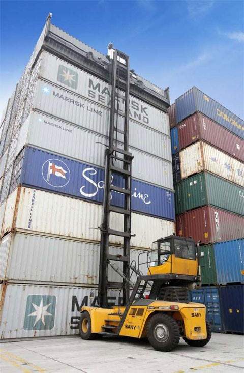 SANY empty container handler works efficiently in Malaysia