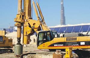 حفارة روتاري ساني تدعم في تشييد الخليج التجاري في دبي في دولة الإمارات العربية المتحدة
