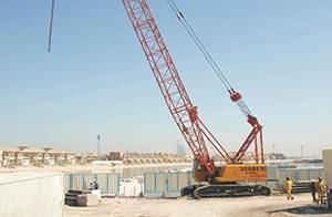 رافعة ساني شاركت في بناء جزيرة نخلة الجميرة في دبي بالامارات