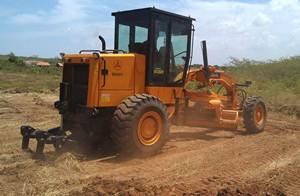 آلات بناء الطرق ساني شاركت في بناء الطرق الريفية في سري لانكا
