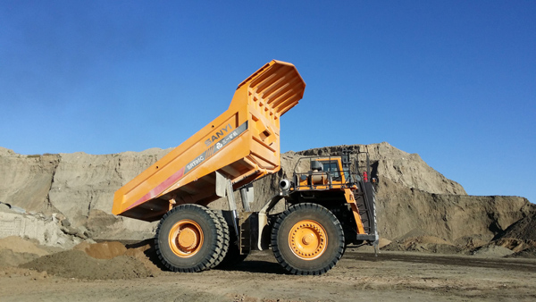 17 Sany Mining Trucks Used at Tunisian Phosphate Mines