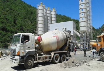SANY truck mixer used in Algeria for expressway construction