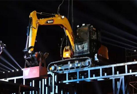SANY SY75C small excavator challenges the impossible in