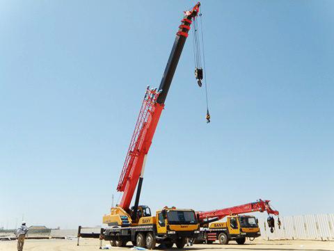 SANY truck cranes used to hoist prefabricated slab in Saudi