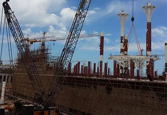 SANY 400t crawler crane building the world's third largest mosque in Algeria