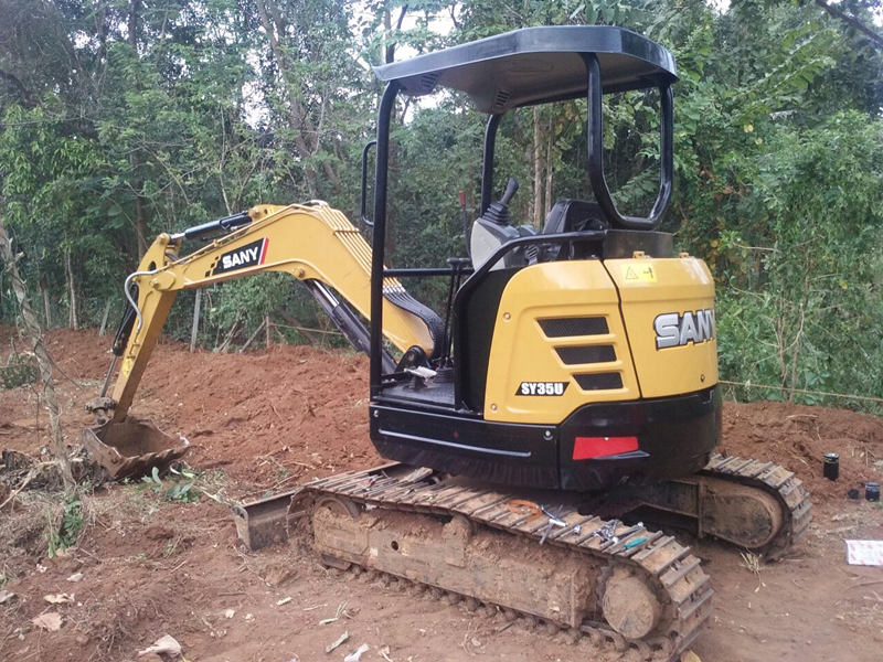The SY35U mini excavator is used in building foundation