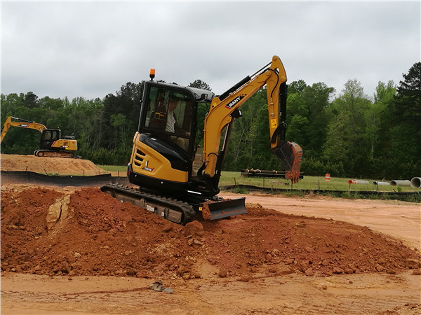 SANY's Brand-new Excavator Wins Thumbs-up from Overseas Clients