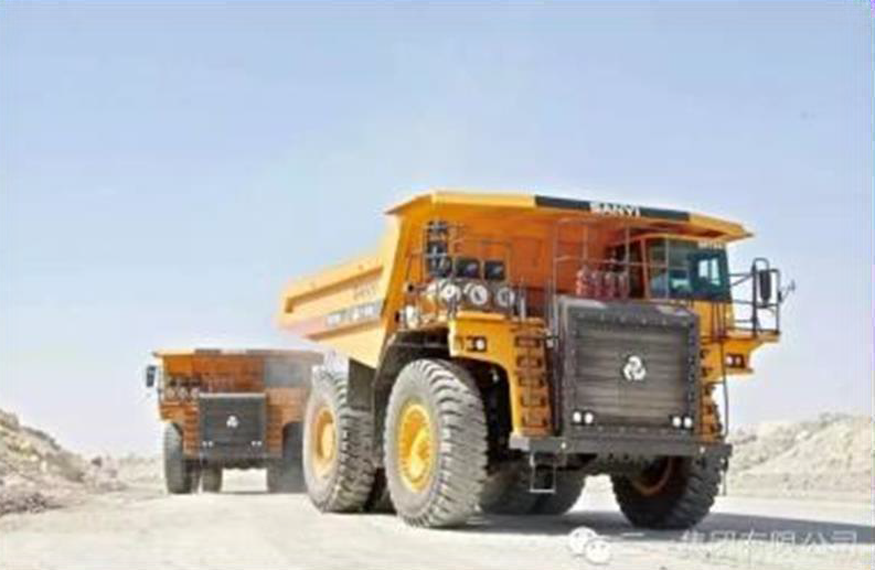 SANY mining machines are used in phosphate ore excavation