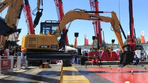 SANY excavators show tremendous power on first day of ConExpo